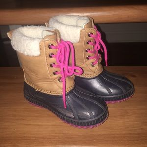 Gap snow boots for girls